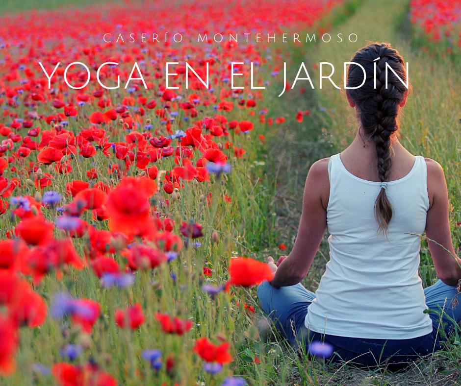 El Caserío Montehermoso, hotel rural con encanto del País Vasco, organiza este verano clases de yoga en el jardín